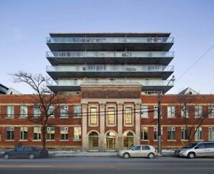Beautiful & Spacious 2 Bed- 2 Bath Two Story Loft -Leslieville!