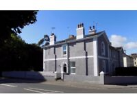 LET AGREED - Rooms to let in fully refurbished and fully furnished shared house in Torquay