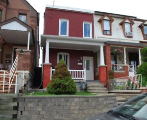 30 Frankish Avenue House For Lease
