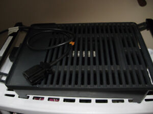 New Electric GRILL   For Sale Price $ 25.00