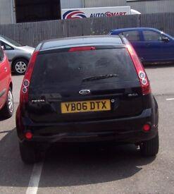 Black Ford Fiesta 1.4 Ghia, 5 door, 3 owners, full service history,