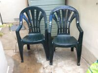 2 x resin high back garden chairs resin, dark green