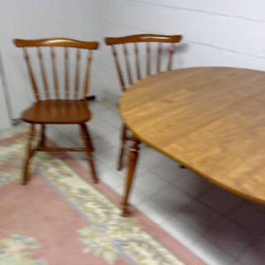 Maple table and 2 chairs