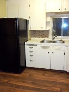 Showing Sunday: ground floor 2+ bdrms with laundry