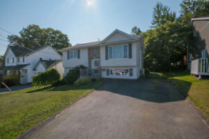 Like-new home on private lot- Close to amenities!