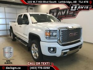 Used 2015 GMC Sierra 2500HD Denali-Navigation, Heated/Cooled Lea