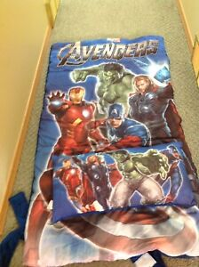 Avengers child's Sleeping bag and pillow