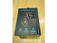 Fitbit Surge Fitness Super Watch - GPS / Heart Rate Monitor / Smart Watch Notifications - Size SMALL
