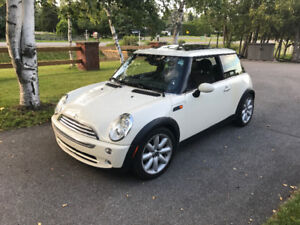 MUST Go !! 2006 MINI Cooper  mint,  loaded, CERT !! Got new car