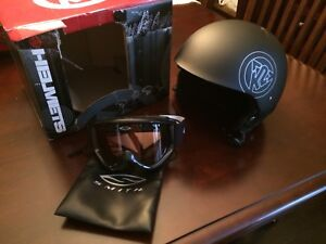 K2Spector Snowboarding Helmet and Smith goggles