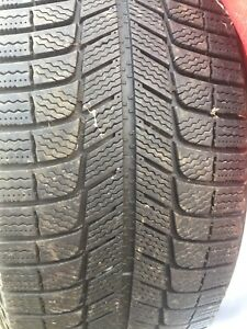 winter tire goodear just 2  and there new 245 40 19