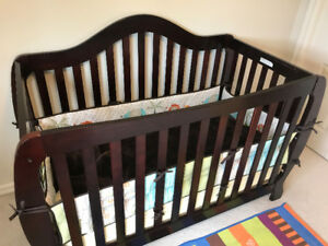 Crib-price reduced. Free bumpers.