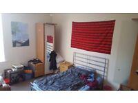 4 bedroom flat West End, 1600/pcm
