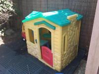 Little Tykes Magic Doorbell house