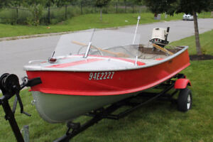 Aluminum Fishing Boat with 25hp Johnson Outboard Motor