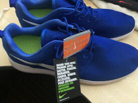 Nike Roshe Electric Blue Size 10