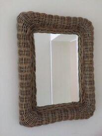 Wicker effect mirror