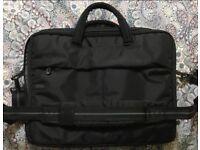Laptop carrier bag