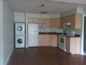 2 Bedroom, 1 Bath Apartment Avail Sept 1, 2017