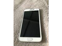 White Samsung galaxy s5 on 02