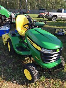 John Deere X540 Lawn Tractor