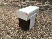 **Recycling bin with two compartments**