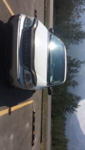 2004 Ford Windstar Minivan, Van