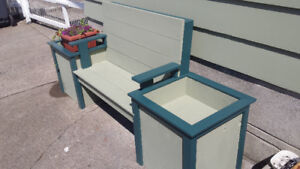 Hand crafted garden & patio planters and furniture.