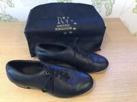 Tap dancing shoes (size 5)