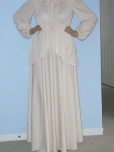 Mother of Bride/Groom or Wedding Dress - Ivory