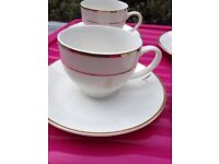 Queens jubilee cups and saucers x 4 mint