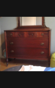 Antique Maple Bedroom set