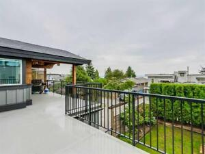 Fantastic and spacious 2 storey house in White Rock, 4 bd, 3 ba