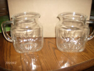 VINTAGE FEDERAL GLASS PITCHERS