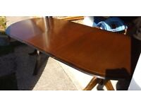 1985 vintage extendable table and 5 chairs