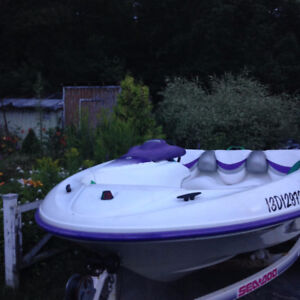 bateau seadoo a vendre