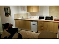 Short Term Self contained furnished flat inc of bills