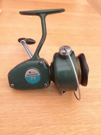 Vintage Winfield Spinfisher 77 fishing reel good condition