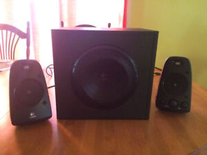 Logitech Z623 Speaker System with Subwoofer + Bluetooth receiver