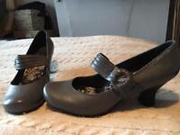 Hush Puppy Mary Jane leather shoes (slate grey) UK 8