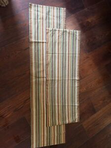Country Table Runners