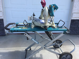 Makita Compound Saw with Stand
