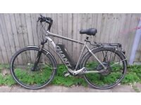 Electric Bike ,Giant , roam XR, for repair , transform or use as it is