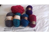 Quality Knitting bundle - 6 x wool and 2 kneedles