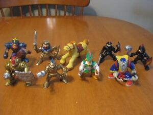 FISHER PRICE IMAGINEXT KNIGHTS ACTION FIGURES
