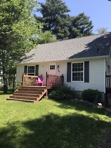 3 BDRM! SEPT 1/17! Friendly Subdivision