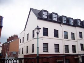 Characteristic 2 bedroom flat in Exeter city center