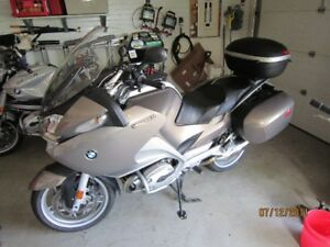 R1200RT Great touring bike with many extras