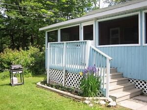 From 1  WEEK   to 1 -3  MONTH  2 bedroom  cottage on the lake !!