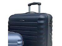 MPC Magnum Carbon/Polycarbonate Hard 4-Wheeled Large Suitcase - Black